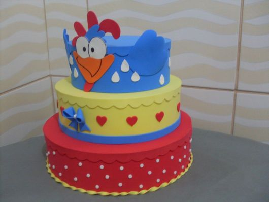 bolo da galinha pintadinha falso