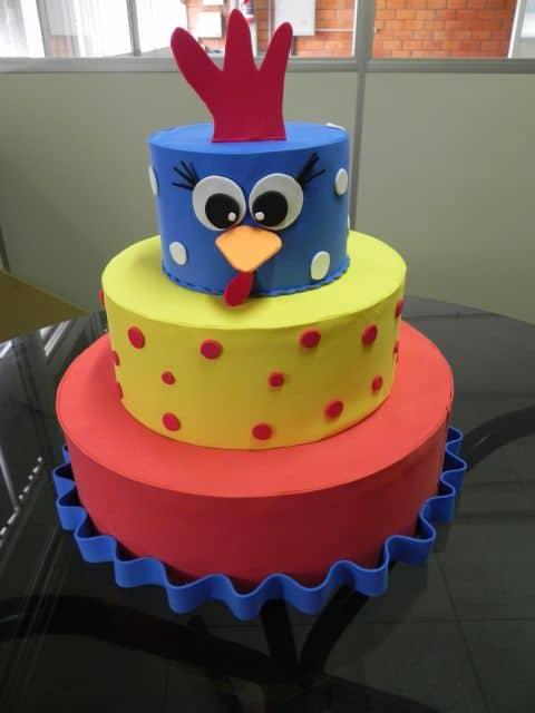 bolo falso galinha pintadinha em eva