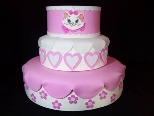 bolo falso decorado temático