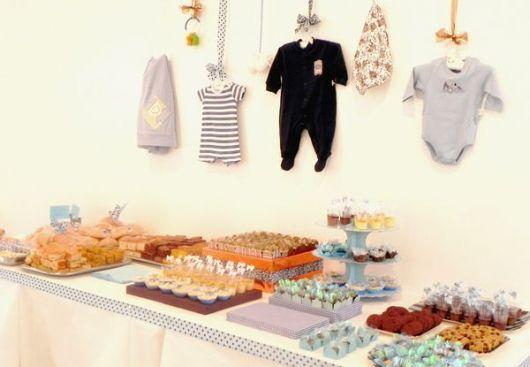 decoração de chá de bebê simples e barato