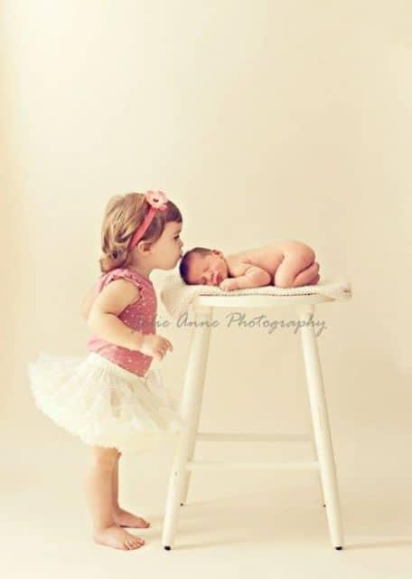 ensaio newborn com irmã mais velha