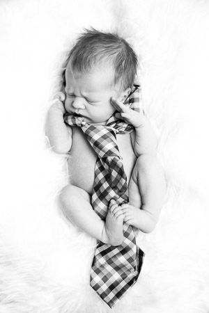 imagem de menino new born