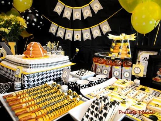festa abelhinhas preta e amarela