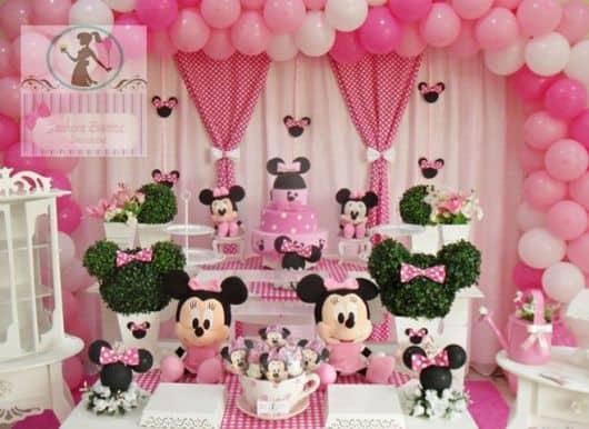 aniversário completo da Minnie baby