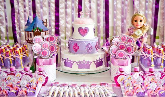 festa rapunzel enrolados decoração