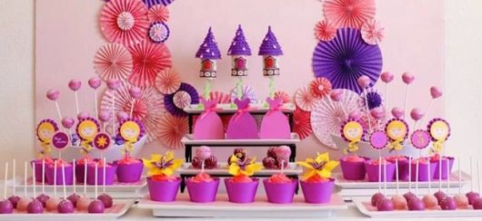 mesa festa rapunzel