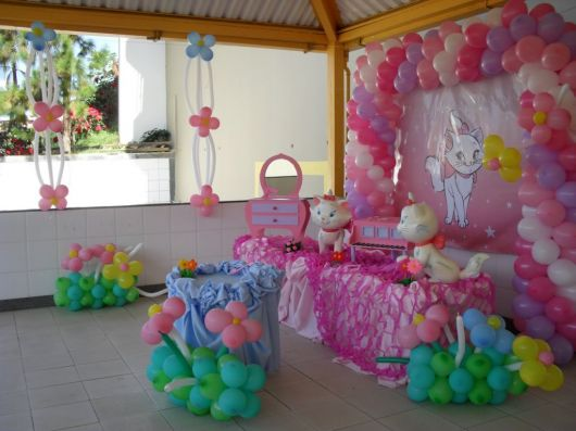 festa da gatinha Marie simples na escola