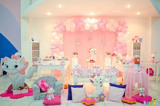 como decorar festa da gatinha marie
