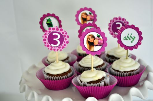 festa rapunzel cupcakes