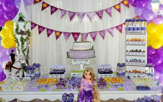 festa rapunzel enrolados provençal