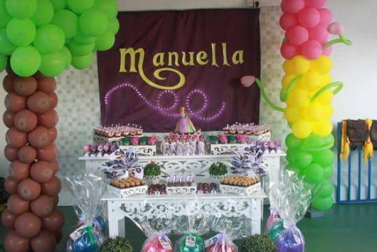 aniversário rapunzel enrolados completa