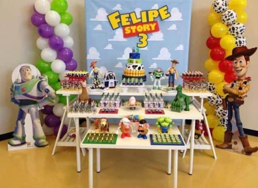 festa do toy story completa provençal