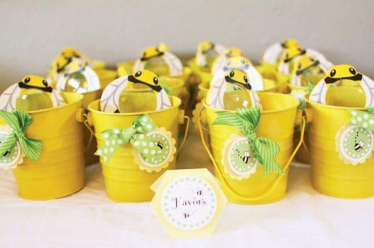 presentinhos para convidados tema abelhinha