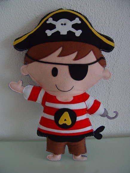 lembracinha de pirata para menino