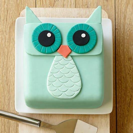 lindo bolo para crianças e bebês