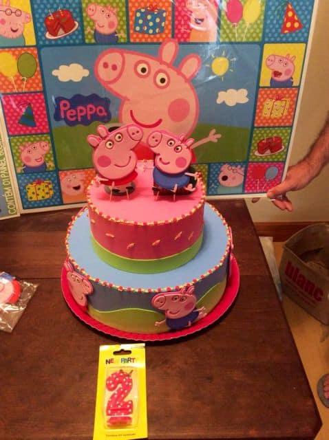 bolo falso da peppa pig