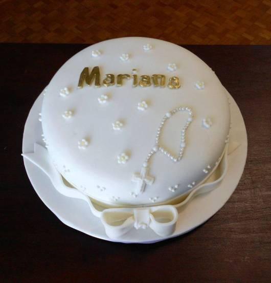 bolo decorado com terço
