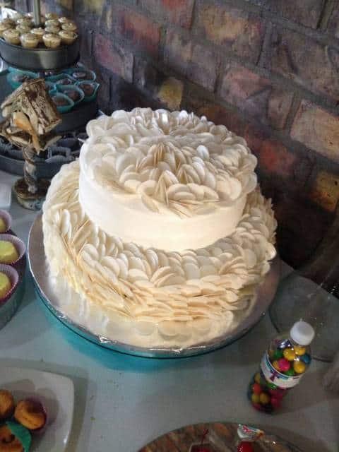 bolo de primeira comunhão de hóstias
