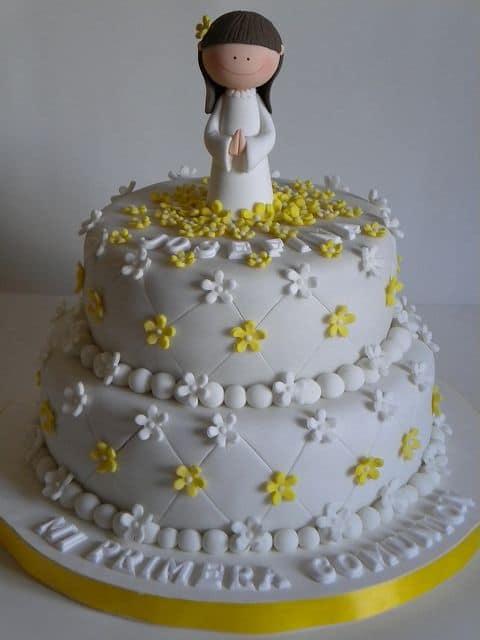 bolo de primeira eucaristia para meninas