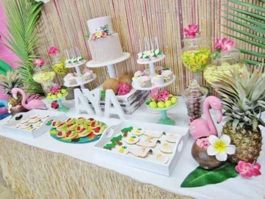 festa de 15 anos estilo havaiana