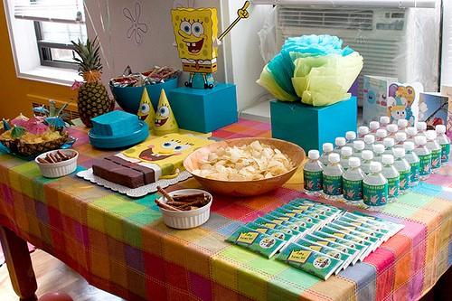 mesa de festa do bob esponja simples