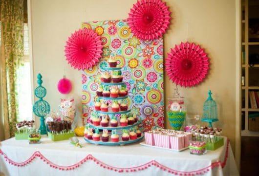 festa corujinha colorida em casa
