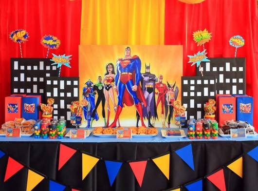 festa liga da justiça cores