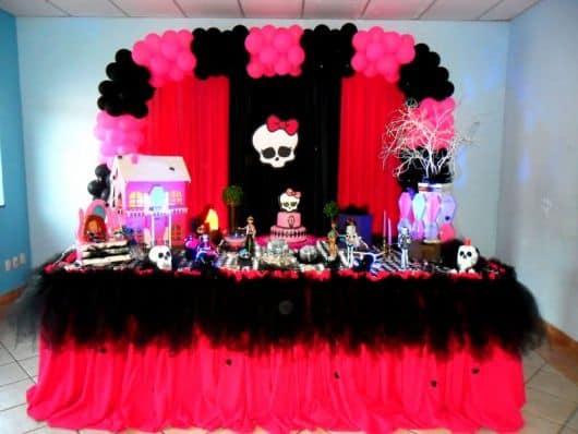 aniversário monster high rosa pink simples