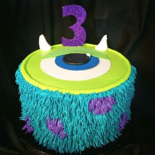 bolo temático 3 anos