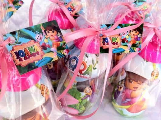 lindas lembrancinhas Dora squeeze