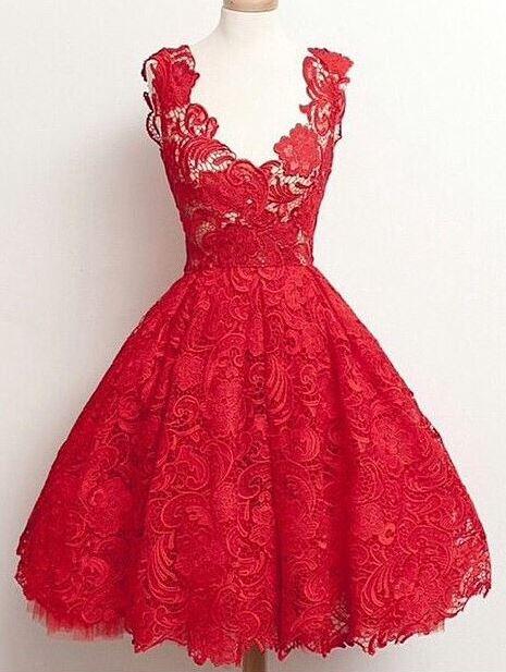 Vestido vermelho com renda para debutante