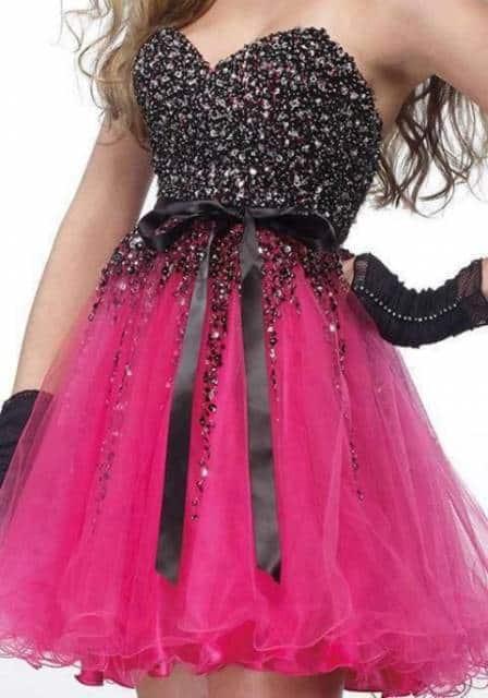 Vestido de debutante com saia rosa