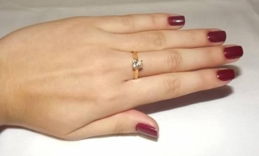 anel solitário debutante