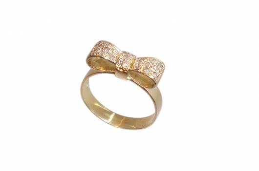 anel delicado de 15 anos