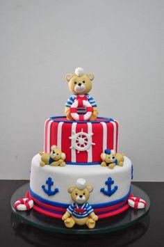 dica de bolo ursinho marinheiro em branco e vermelho