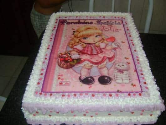 lindo bolo jolie decorado com glacê