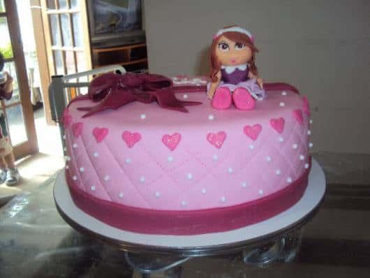 lindo bolo jolie em tons rosa