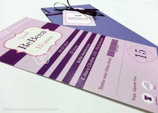 convite de 15 anos lilás e roxo