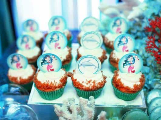 lindos cupcakes decorados com bottons