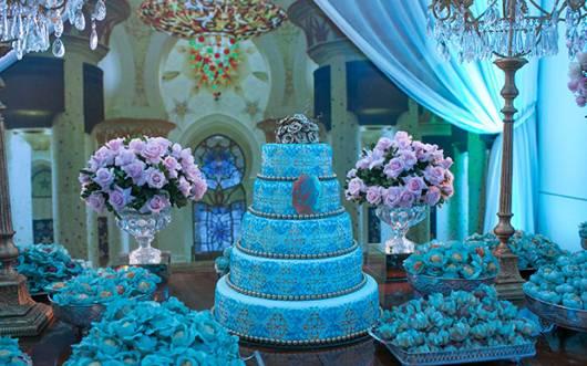 linda decoração de festa 15 anos na cor azul