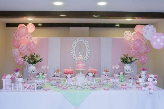 festa das bonecas rosa e branco