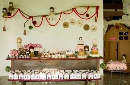 festa simples casa de boneca
