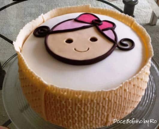 ideia bolo festa das bonecas