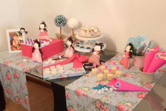 festa bonecas simples