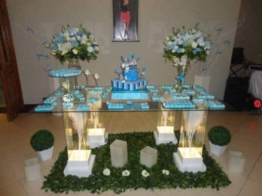 decoração festa simples azul 15 anos