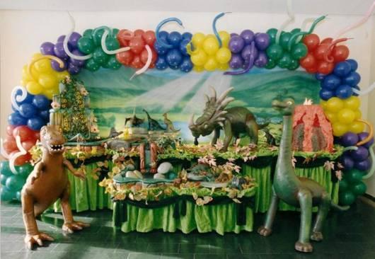 decoração festa rei dinossauro