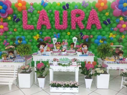 linda decoração com balões coloridos
