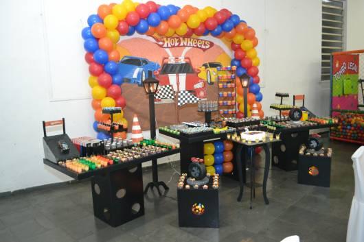 festa hot wheels provencal preta