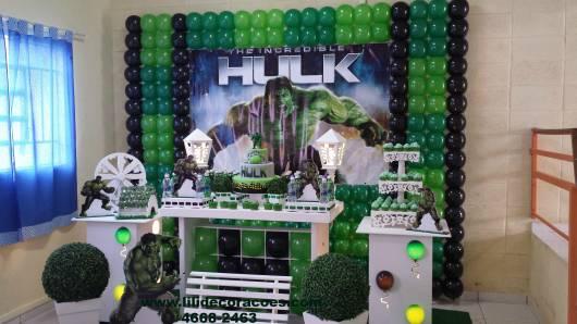 decoração provençal de festa do hulk