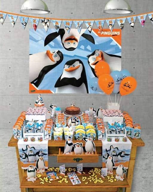festa azul e laranja pinguins de madagascar